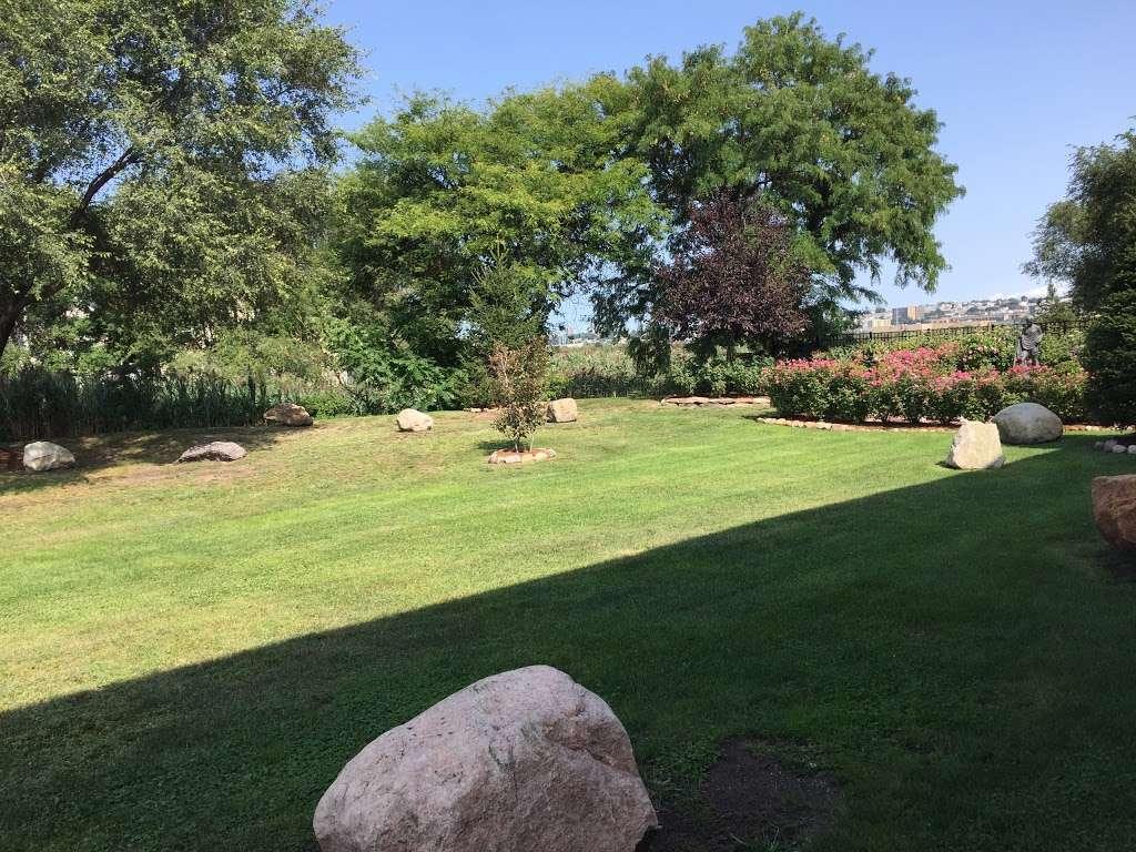Sadhu Vaswani Meditation Garden - park  | Photo 1 of 10 | Address: 1200 Koelle Blvd, Secaucus, NJ 07094, USA