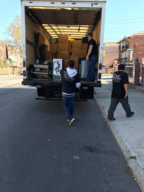 Brownstone Movers - moving company  | Photo 10 of 10 | Address: 450 Carroll St, Brooklyn, NY 11215, USA | Phone: (929) 320-5755