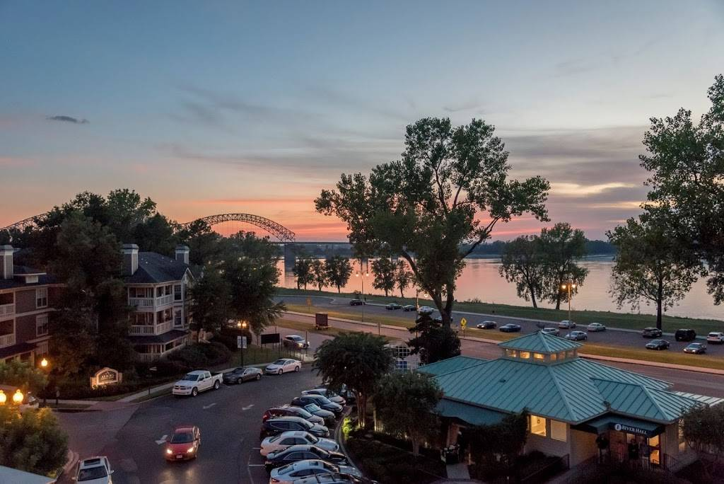 The River Inn of Harbor Town - lodging    Photo 6 of 10   Address: 50 Harbor Town Square, Memphis, TN 38103, USA   Phone: (901) 260-3333