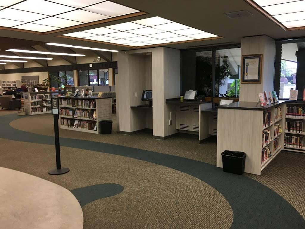 Rancho Cordova Library - library    Photo 1 of 5   Address: 9845 Folsom Blvd, Sacramento, CA 95827, USA   Phone: (916) 264-2920