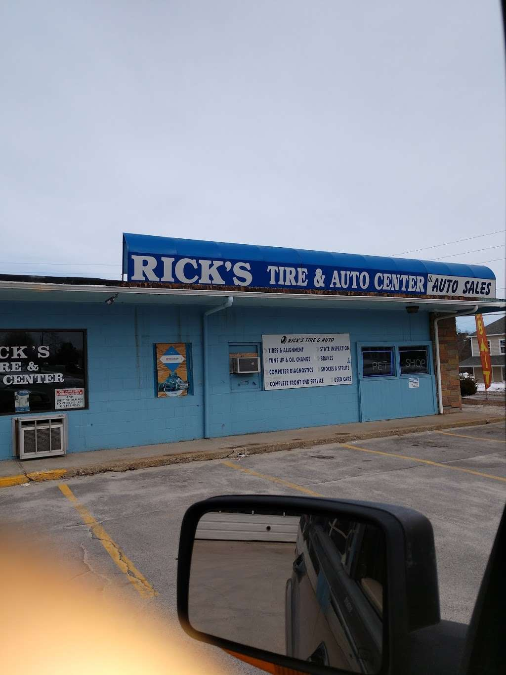 Ricks Tire and Auto Sales - car dealer  | Photo 1 of 4 | Address: 1435 Victory Hwy, Slatersville, RI 02876, USA | Phone: (401) 769-8488