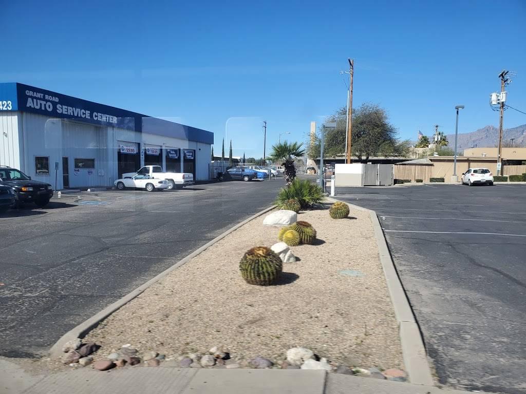 Grant Road Auto Service - car repair  | Photo 9 of 9 | Address: 2423 E Grant Rd, Tucson, AZ 85719, USA | Phone: (520) 327-2251