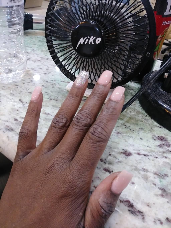 La Nails & Hair - hair care    Photo 7 of 10   Address: 5796 Crowder Blvd, New Orleans, LA 70127, USA   Phone: (504) 513-2754