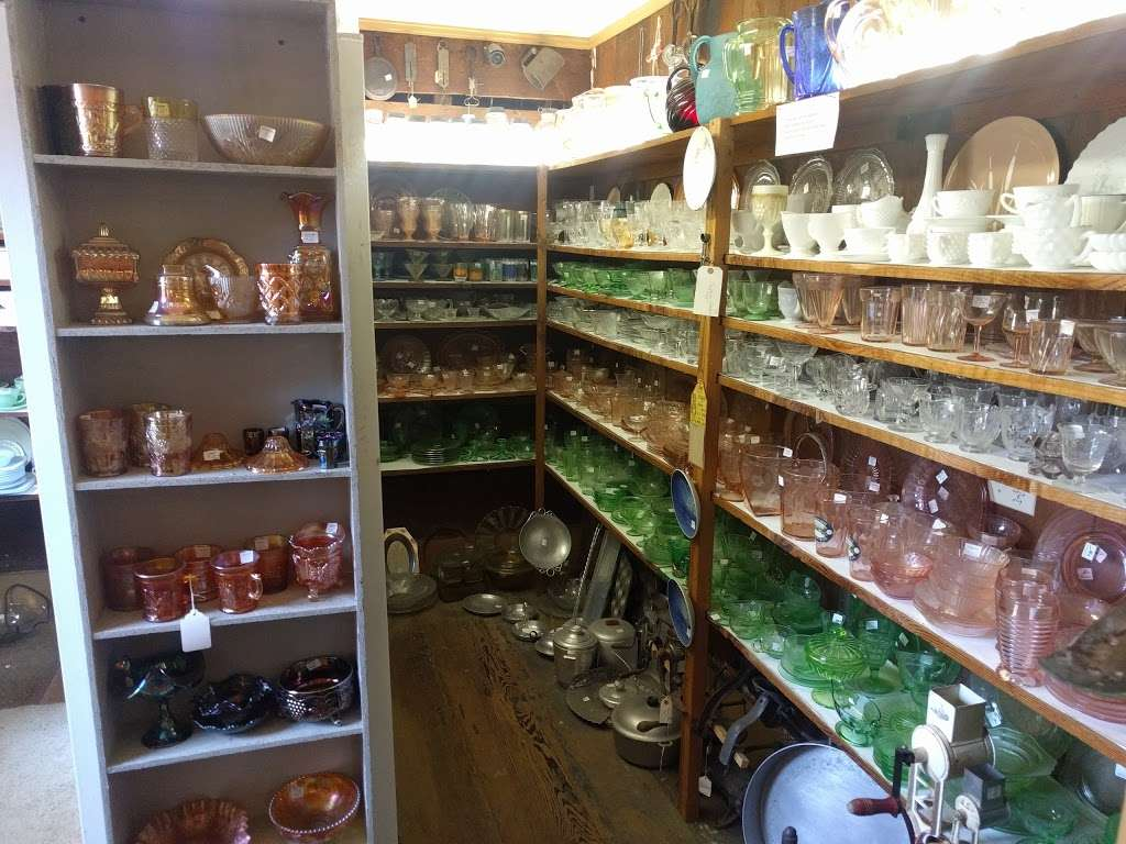 Llano House Antiques - home goods store  | Photo 1 of 4 | Address: 4353 Gravenstein Hwy S, Sebastopol, CA 95472, USA | Phone: (707) 829-9322