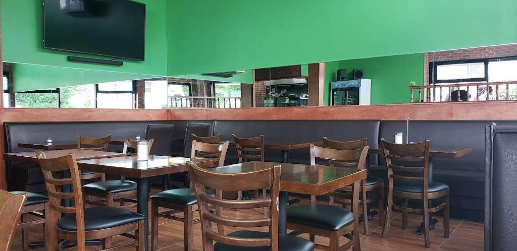 HALAL DINER - restaurant    Photo 2 of 10   Address: 8447 Parsons Blvd, Jamaica, NY 11432, USA   Phone: (718) 674-6969