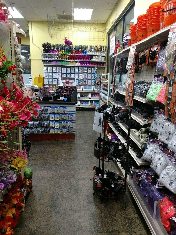 Dollar King - home goods store    Photo 6 of 10   Address: 8343 Foothill Blvd, Sunland-Tujunga, CA 91040, USA   Phone: (818) 951-7840