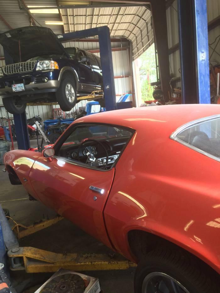 Pro Automotive and Body - car repair    Photo 3 of 9   Address: 10208 N FM 620 #5, Austin, TX 78726, USA   Phone: (512) 331-4724