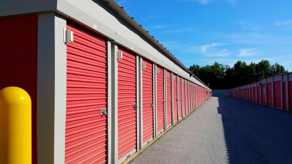 Storage Rentals of America - storage  | Photo 6 of 10 | Address: 100 E Scotland Dr, Bear, DE 19701, USA | Phone: (302) 786-0796