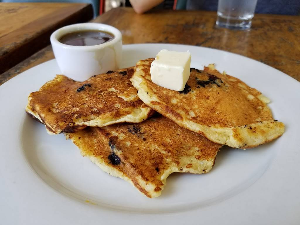 Little Doms - restaurant  | Photo 8 of 9 | Address: 2128 Hillhurst Ave, Los Angeles, CA 90027, USA | Phone: (323) 661-0055