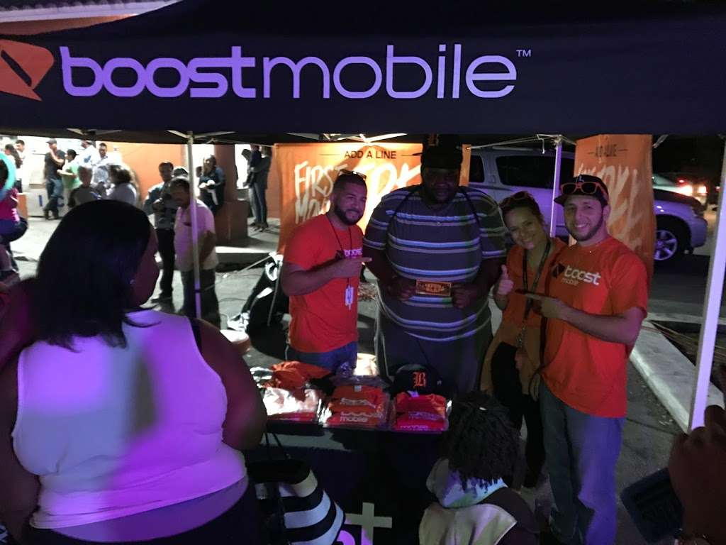 Boost Mobile - store  | Photo 7 of 10 | Address: 1425 S Main St, Belle Glade, FL 33430, USA | Phone: (561) 609-1014