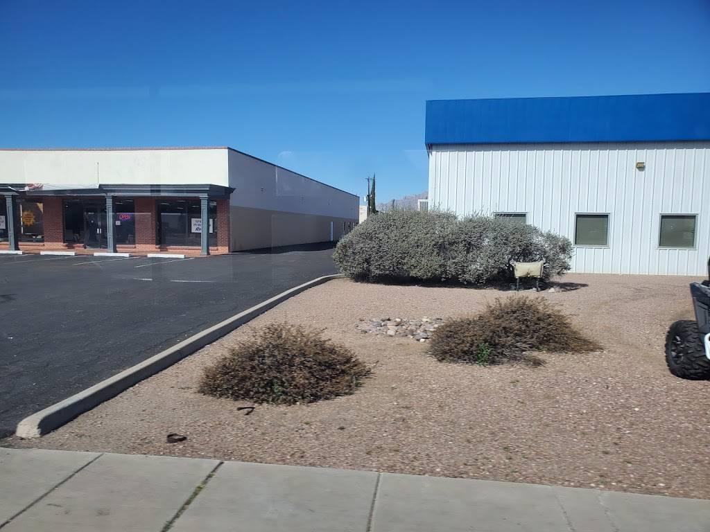 Grant Road Auto Service - car repair  | Photo 3 of 9 | Address: 2423 E Grant Rd, Tucson, AZ 85719, USA | Phone: (520) 327-2251