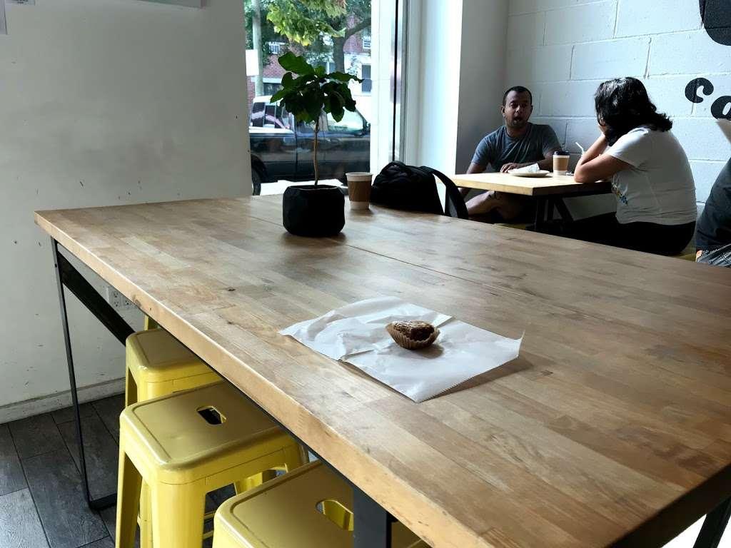 Astoria Coffee - cafe  | Photo 9 of 10 | Address: 30-04 30th St, Astoria, NY 11102, USA | Phone: (347) 619-3915