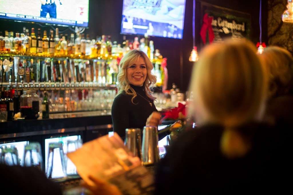 The Park Restaurant and Bar - restaurant  | Photo 1 of 10 | Address: 706 Lindero Canyon Rd suite 752, Oak Park, CA 91377, USA | Phone: (818) 532-7919