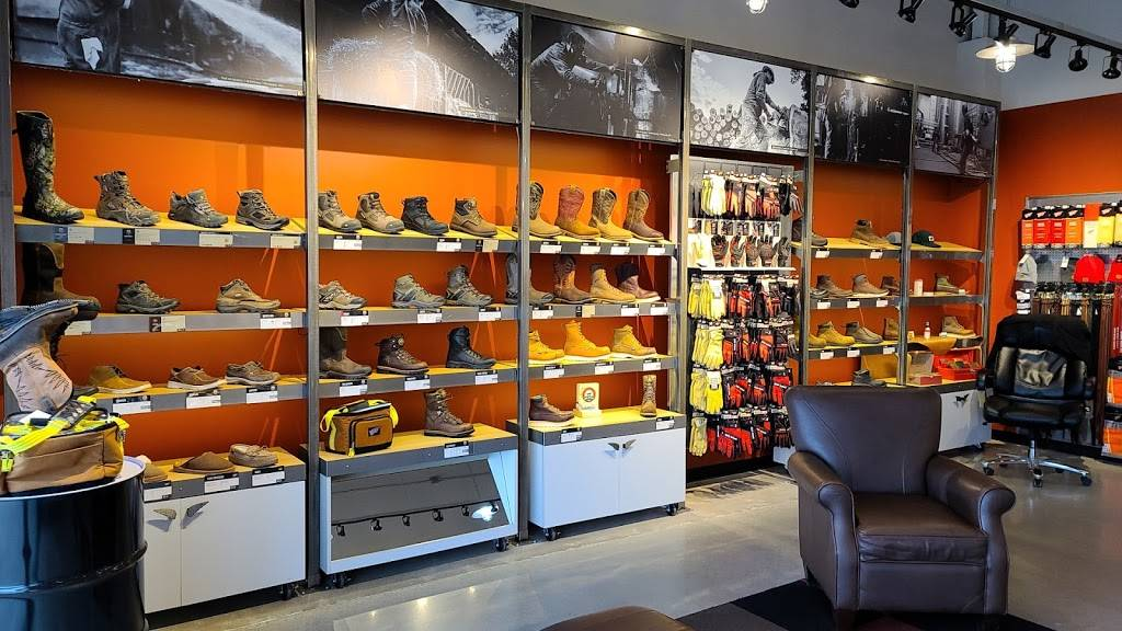 Red Wing - shoe store    Photo 2 of 4   Address: 9538 N Garnett Rd Ste 101, Owasso, OK 74055, USA   Phone: (918) 609-6118