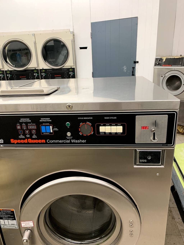 Launderland Bianchi - laundry  | Photo 3 of 10 | Address: 907 E Bianchi Rd, Stockton, CA 95207, USA | Phone: (209) 498-8370