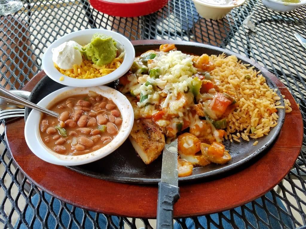 La Feria Mexican Restaurant - restaurant  | Photo 6 of 9 | Address: 6301 W Parmer Ln A, Austin, TX 78729, USA | Phone: (512) 326-8301
