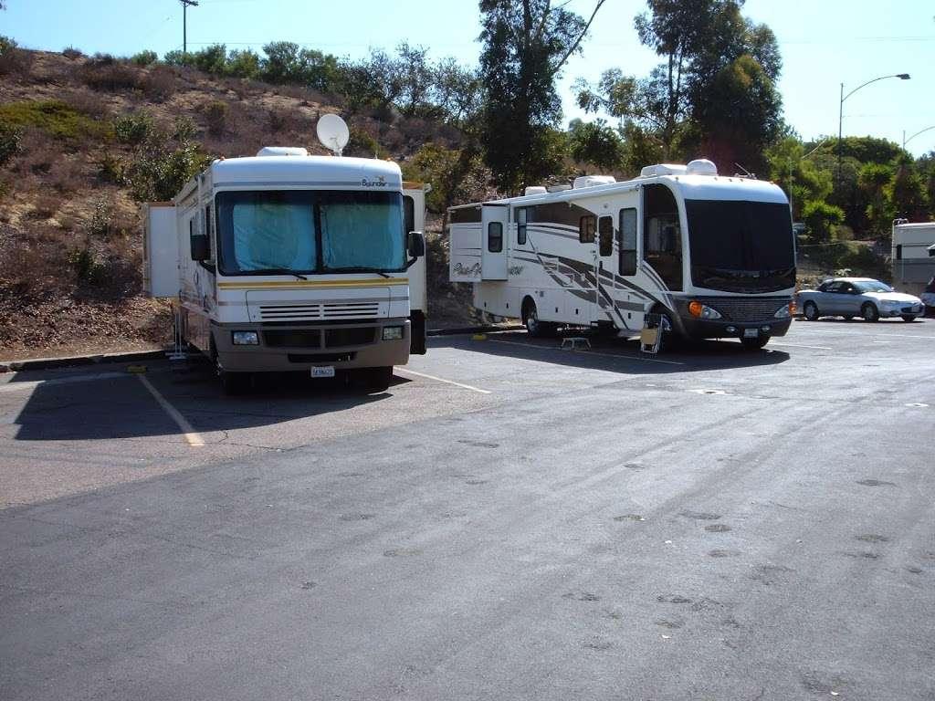 Chula Vista Elks RV Park - rv park  | Photo 6 of 10 | Address: 901 Elks Ln, Chula Vista, CA 91910, USA | Phone: (619) 421-2011