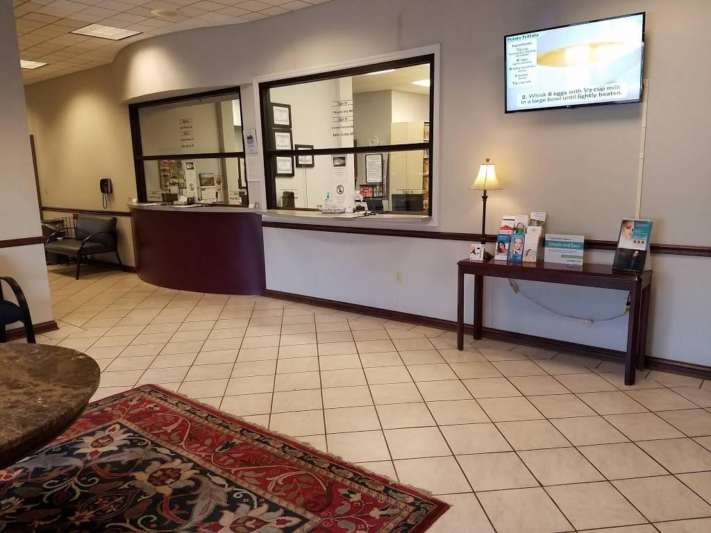 Pinnacle Dermatology - doctor  | Photo 3 of 10 | Address: 24 White Bridge Rd, Nashville, TN 37205, USA | Phone: (615) 352-0011