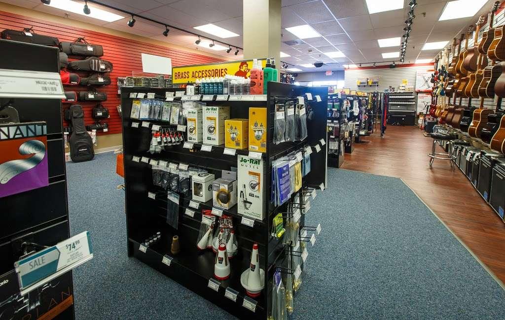 Music & Arts - electronics store  | Photo 7 of 10 | Address: 300 Andover St, Peabody, MA 01960, USA | Phone: (978) 532-3380