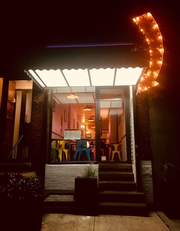 Rips Malt Shop - restaurant  | Photo 3 of 8 | Address: 10 Clermont Ave, Brooklyn, NY 11205, USA | Phone: (347) 689-9009