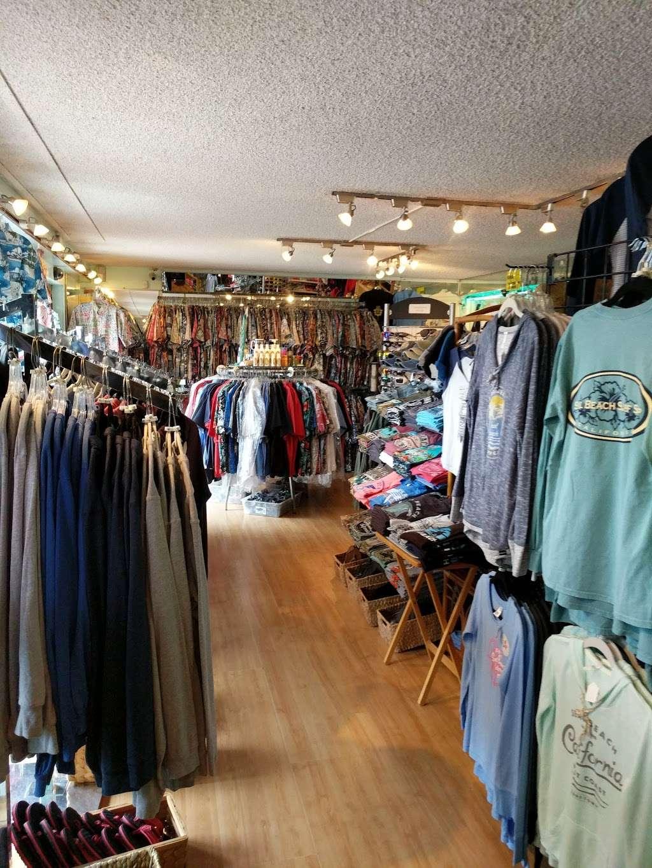 S B Shoppe - clothing store  | Photo 2 of 5 | Address: 116 Main St, Seal Beach, CA 90740, USA | Phone: (562) 598-0380