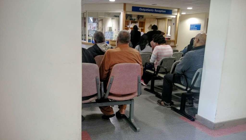 Shrewsbury Road Health Centre - health  | Photo 4 of 7 | Address: Shrewsbury Rd, London E7 8QP, UK | Phone: 020 8586 5142