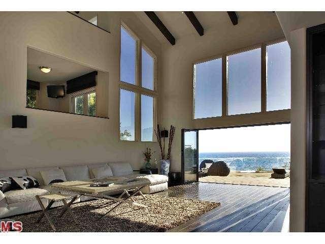 J.T. Madison Realty Partners - real estate agency    Photo 2 of 3   Address: 942 Harvard St, Santa Monica, CA 90403, USA   Phone: (310) 460-9880