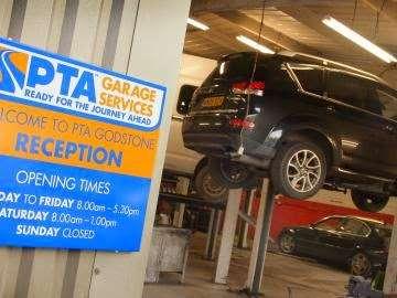 PTA Garage Services Godstone Motorstore - car wash  | Photo 4 of 10 | Address: Unit 2 Garage, Eastbourne Rd, South Godstone RH9 8EZ, UK | Phone: 01342 893666