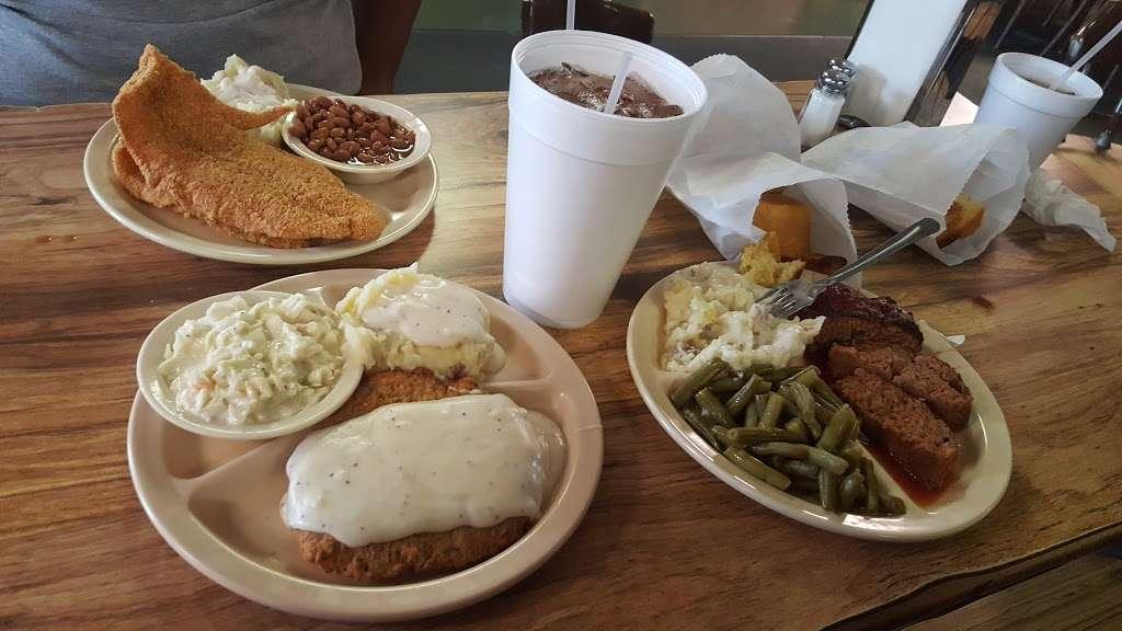 Grannys Fried Chicken - restaurant    Photo 6 of 10   Address: 200 Hall Rd, Seagoville, TX 75159, USA   Phone: (972) 287-4126