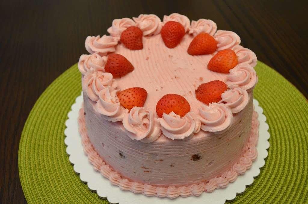 Melt in Your Mouth LLC - bakery  | Photo 1 of 10 | Address: 15 Cypress Ln, Walpole, MA 02081, USA | Phone: (972) 740-3204