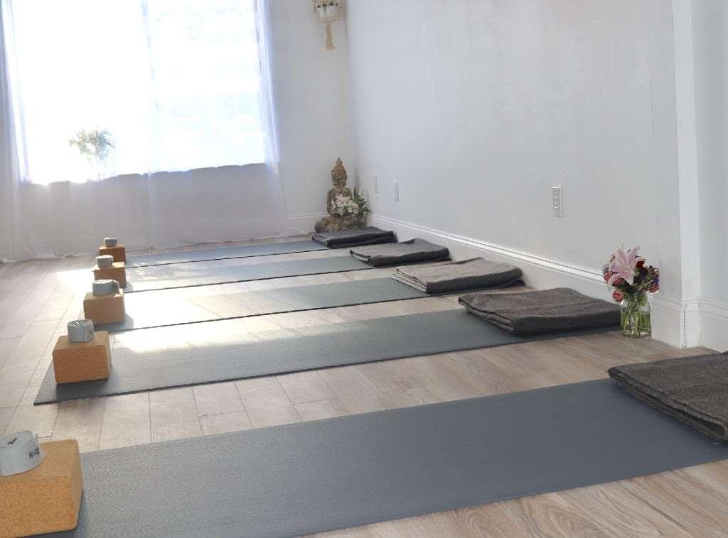 Nkisoy Yoga - gym  | Photo 5 of 10 | Address: 2000 Bigler St 2nd floor, Fort Lee, NJ 07024, USA | Phone: (856) 373-8612