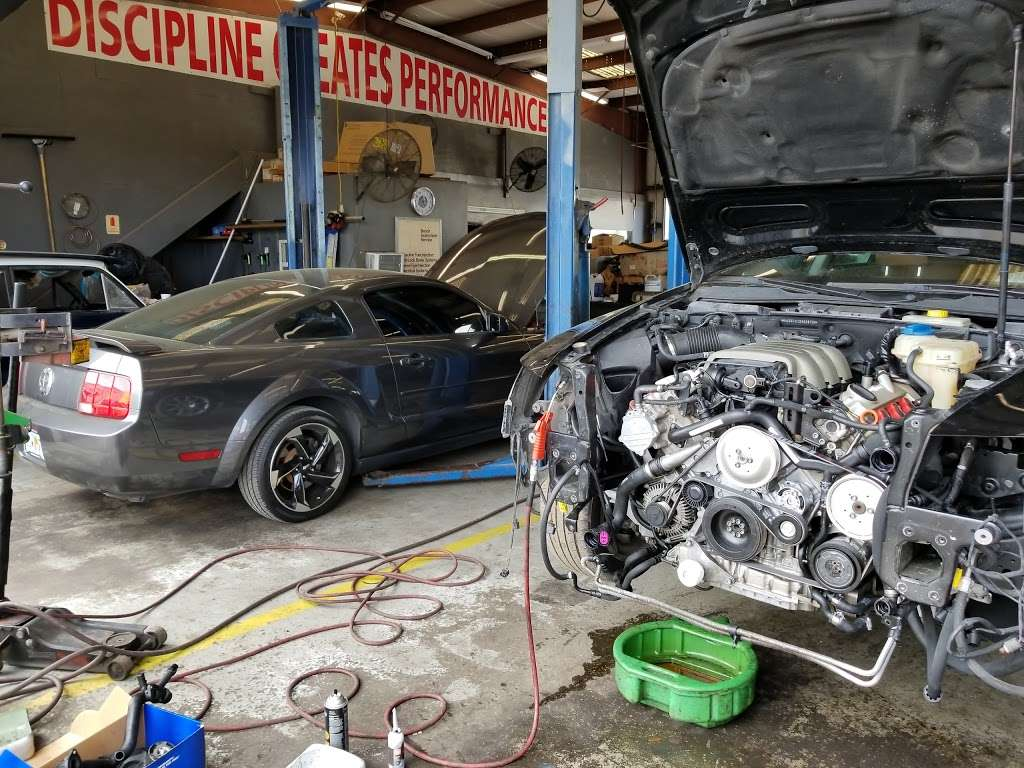 Maurices Auto Repair and Towing - car repair  | Photo 8 of 10 | Address: 3025 Drane Field Rd, Lakeland, FL 33811, USA | Phone: (863) 646-4479
