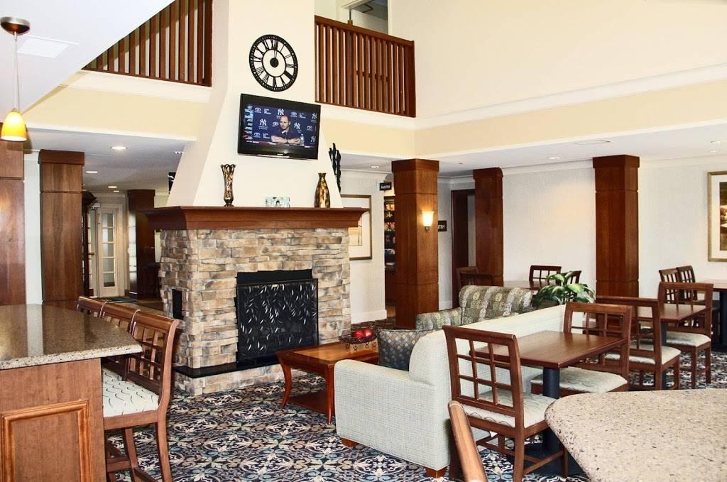 Staybridge Suites Lincoln I-80 - lodging  | Photo 4 of 9 | Address: 2701 Fletcher Ave, Lincoln, NE 68504, USA | Phone: (402) 438-7829