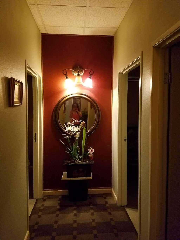 Luxury Golden Spa - spa  | Photo 4 of 5 | Address: 405 S State College Blvd B.101, Brea, CA 92821, USA | Phone: (714) 255-2000