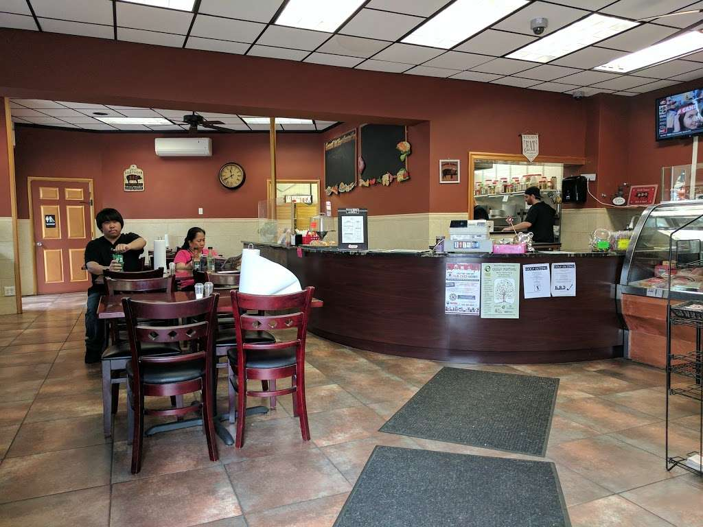 TowneBBQ - restaurant    Photo 5 of 10   Address: 1554 Paterson Plank Rd, Secaucus, NJ 07094, USA   Phone: (201) 210-2222