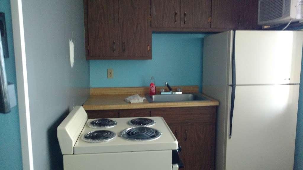Riviera Complex - lodging  | Photo 3 of 10 | Address: 5057 E Indiana Beach Rd, Monticello, IN 47960, USA | Phone: (574) 583-3366
