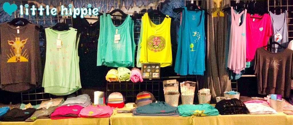 Little Hippie - clothing store  | Photo 8 of 10 | Address: 949 Willoughby Ave #208, Brooklyn, NY 11221, USA