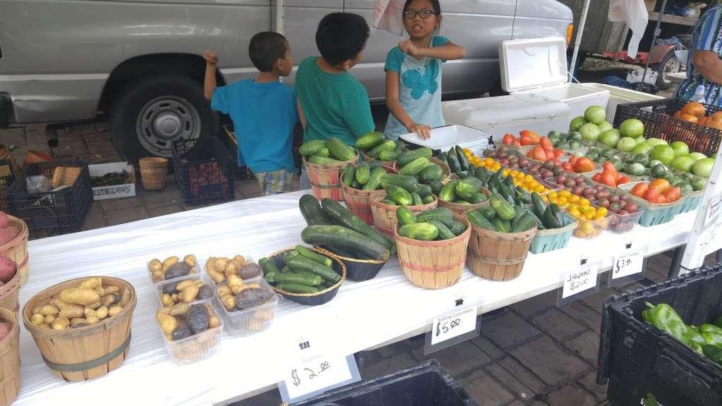 Tosa Farmers Market - store  | Photo 2 of 10 | Address: 7720 Harwood Ave, Wauwatosa, WI 53213, USA | Phone: (414) 301-2526