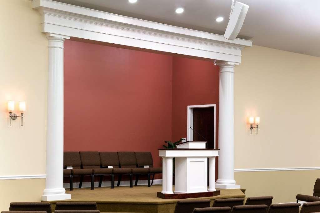 Grace Covenant Church - church  | Photo 8 of 10 | Address: 11 Colby Rd, Litchfield, NH 03052, USA | Phone: (603) 429-2979
