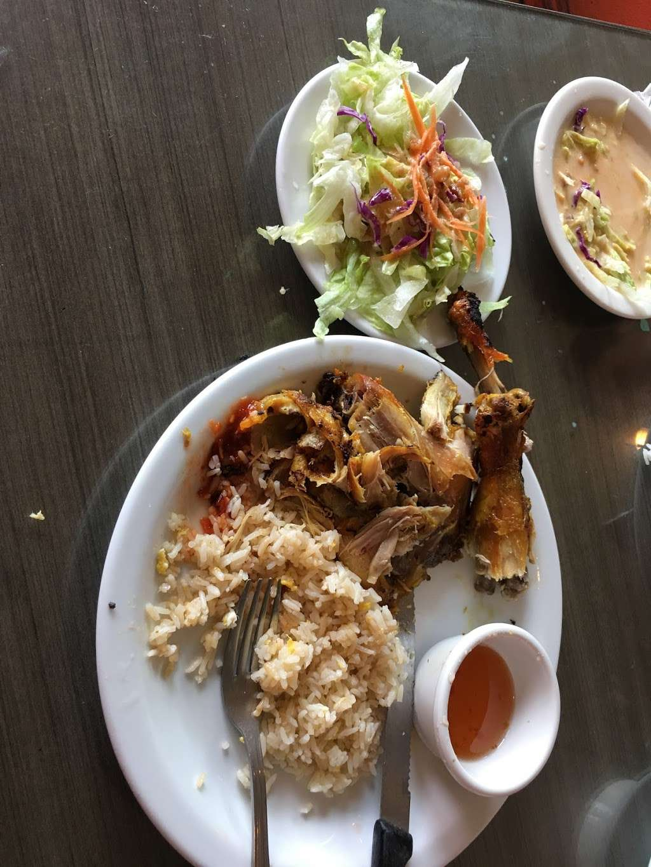 Chillin Thai Cuisine - restaurant  | Photo 5 of 10 | Address: 11020 Lower Azusa Road # B # B, El Monte, CA 91731, USA | Phone: (626) 444-3988