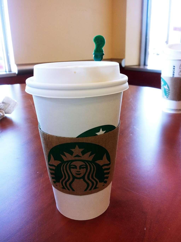 Starbucks - cafe  | Photo 3 of 5 | Address: 10 Crooked Run Plaza, Front Royal, VA 22630, USA | Phone: (540) 631-3290
