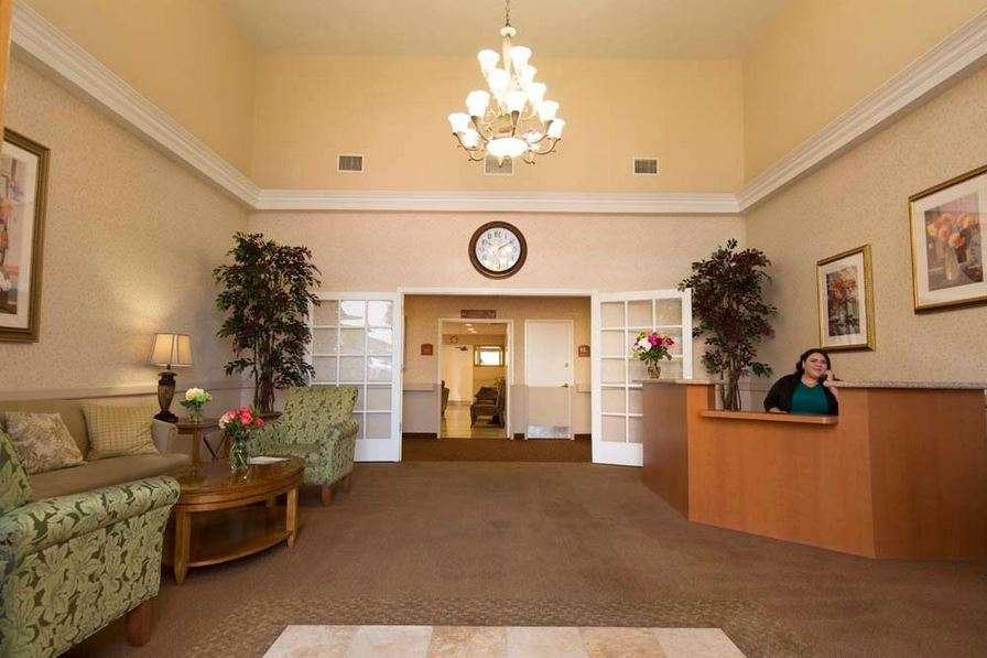 Golden Hill Subacute and Rehabilitation Center - health  | Photo 8 of 10 | Address: 1201 34th St, San Diego, CA 92102, USA | Phone: (619) 232-2946