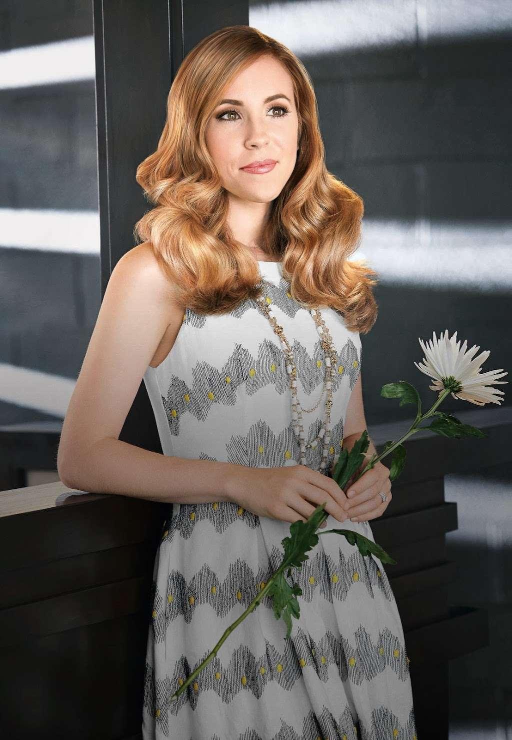 Fantastic Sams Cut & Color - hair care    Photo 2 of 7   Address: 833 S Ridge Rd, Minooka, IL 60447, USA   Phone: (815) 467-9130