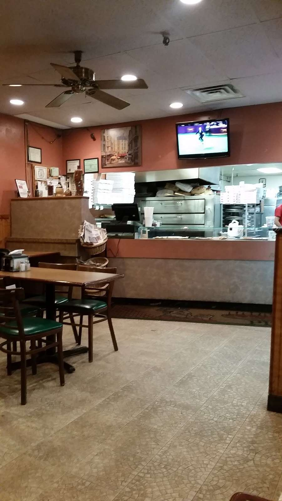 La Piazza - restaurant  | Photo 1 of 5 | Address: 150 7th St, Clifton, NJ 07011, USA | Phone: (973) 478-3050