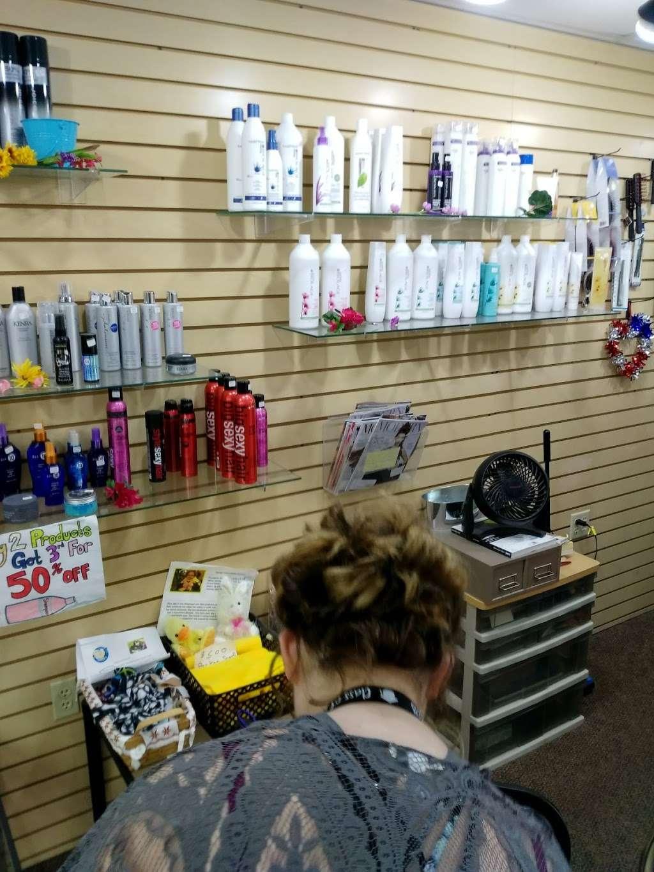 Arturos Hair Designs - hair care  | Photo 1 of 2 | Address: 4425 Taylor Ave, Racine, WI 53405, USA | Phone: (262) 554-6710