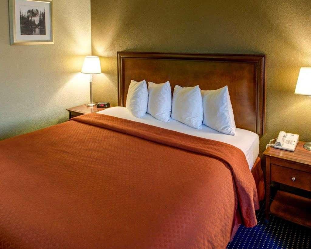 Quality Inn San Diego Miramar - lodging    Photo 7 of 10   Address: 9350 Kearny Mesa Rd, San Diego, CA 92126, USA   Phone: (858) 578-4350