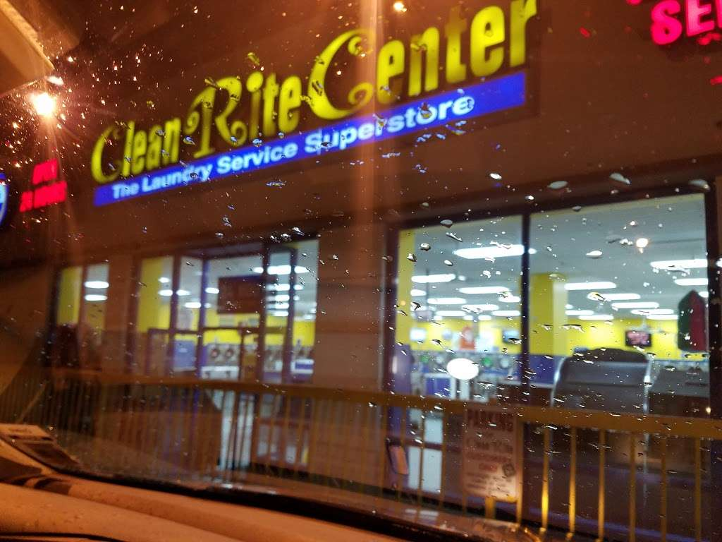 Clean Rite Center 24 HOURS - laundry  | Photo 10 of 10 | Address: 1240 E Tremont Ave, Bronx, NY 10460, USA | Phone: (718) 931-5991