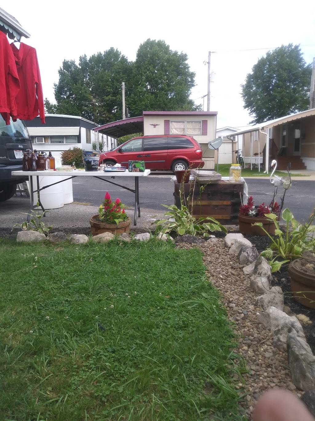 Millers Mobile Home Pk LLC - rv park  | Photo 2 of 4 | Address: 8125 Russell Ln, Cleveland, OH 44144, USA | Phone: (216) 651-5400