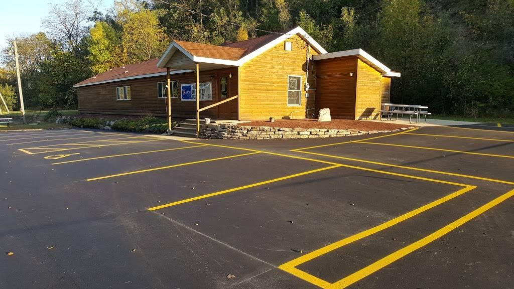 Whippoorwill Hawks Nest - restaurant  | Photo 5 of 10 | Address: 7914 WI-19, Dane, WI 53529, USA | Phone: (608) 798-9991
