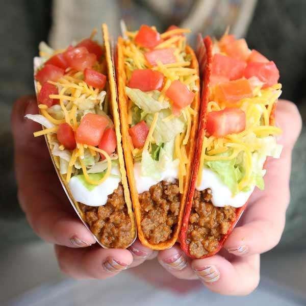 Taco Bell - meal takeaway    Photo 6 of 10   Address: 10711 W Indian School Rd, Avondale, AZ 85392, USA   Phone: (623) 877-1111